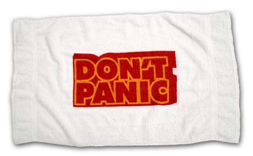 Towel Day 2020 – Un cocktail Pangalattico