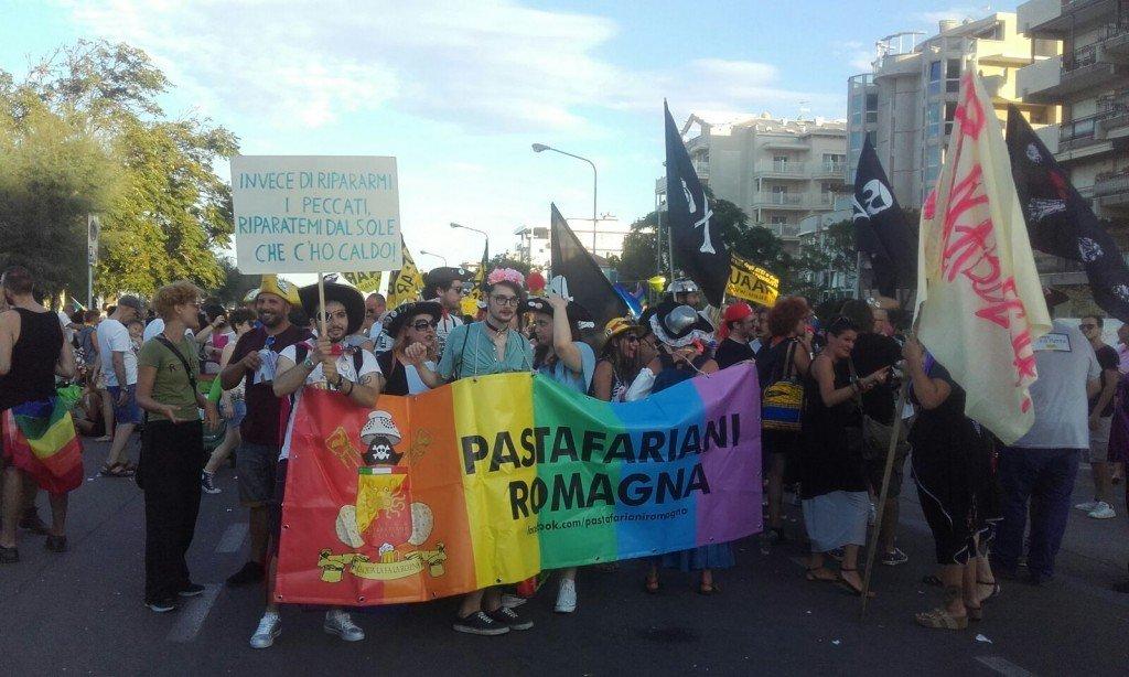"""Chiamamicittà.it : Passo a passo nel Rimini Summer Pride: """"Siamo 20 mila"""""""